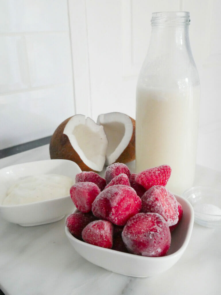 Coconut milk fruit smoothie ingredients